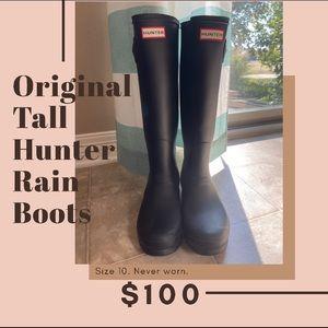 Original Hunter Tall Rain Boots.